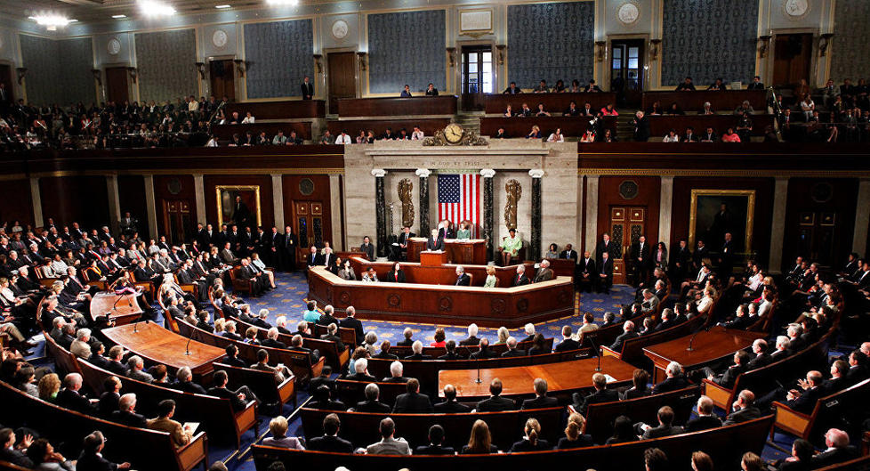 نتائج أولية : الديمقراطيون يفوزون بمقاعد الأغلبية في مجلس النواب الأميركي والجمهوريون يحتفظون بأغلبية مجلس الشيوخ