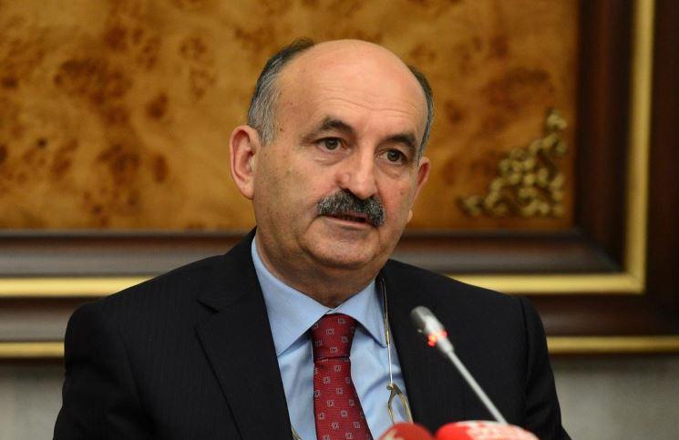 وزير العمل التركي: فصل نحو 100 ألف موظف مدني منذ فشل انقلاب