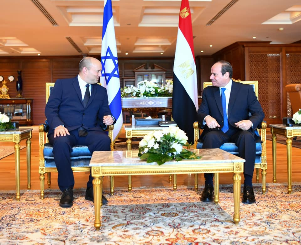 الرئيس المصري يدعو لتثبيت التهدئة بين فلسطين وإسرائيل